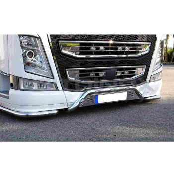 Fits Volvo*: FH4 (2013-...) stainless steel central bar...